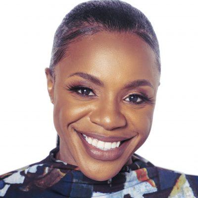 Ohavia Phillips | Business OHwner, talk show host, author, SERVfluencer